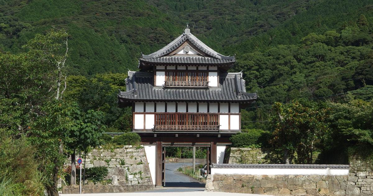 金石城・櫓門