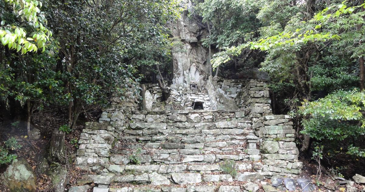対馬の神社(與良祖神社)